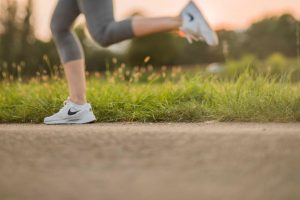 shin splints from running - cold laser therapy treatment for shin splints